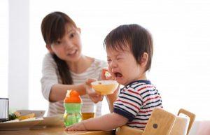 Nguyên nhântrẻ biếng ăn