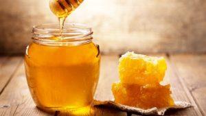 Hướng dẫn chữa viêm da dầu tại nhà bằng mật ong