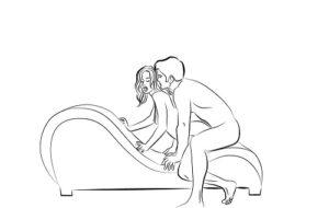 1.Tư thế doggy style trên ghế tình yêu khiến bạn tình khóc thét vì sung sướng