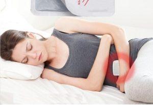 Xoa bóp dầu hoặc dán cao biện pháp làm giảm đau bụng kinh đơn giản