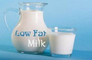 Mang thai tháng đầu nên uống sữa gì - Sữa không béo