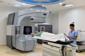 Điều trị ung thư tinh hoàn bằng xạ trị