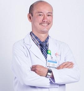 Bác sĩ Nguyễn Phúc Cẩm Hoàng