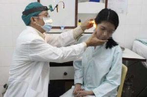 Khám tai mũi họng với Bác sĩ Chuyên khoa II Nguyễn Thành Lợi